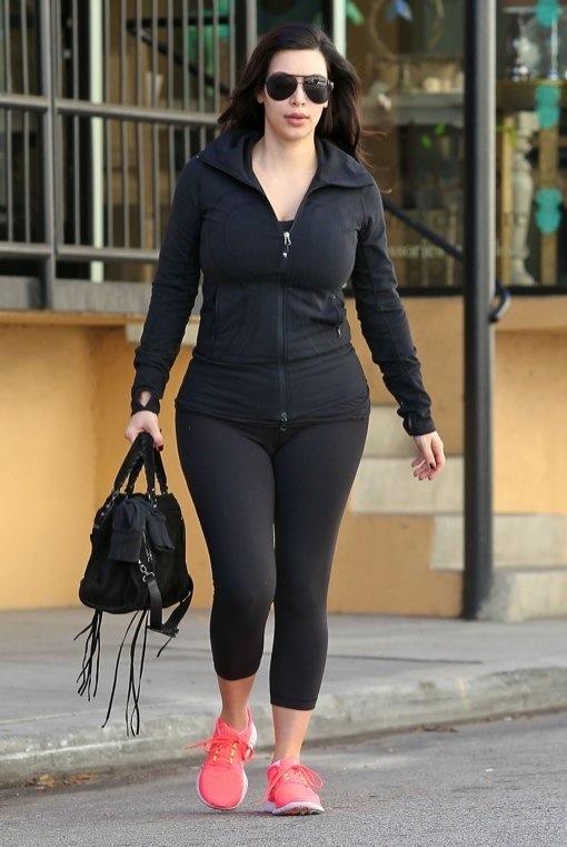 Kim Kardashian Hits The Gym Early